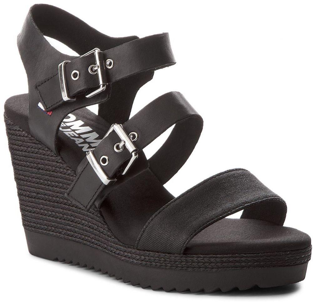 7b74b5e63468 Sandále TOMMY JEANS - Denim Strappy Wedge Sandal EN0EN00195 Black 990  značky Tommy Jeans - Lovely.sk