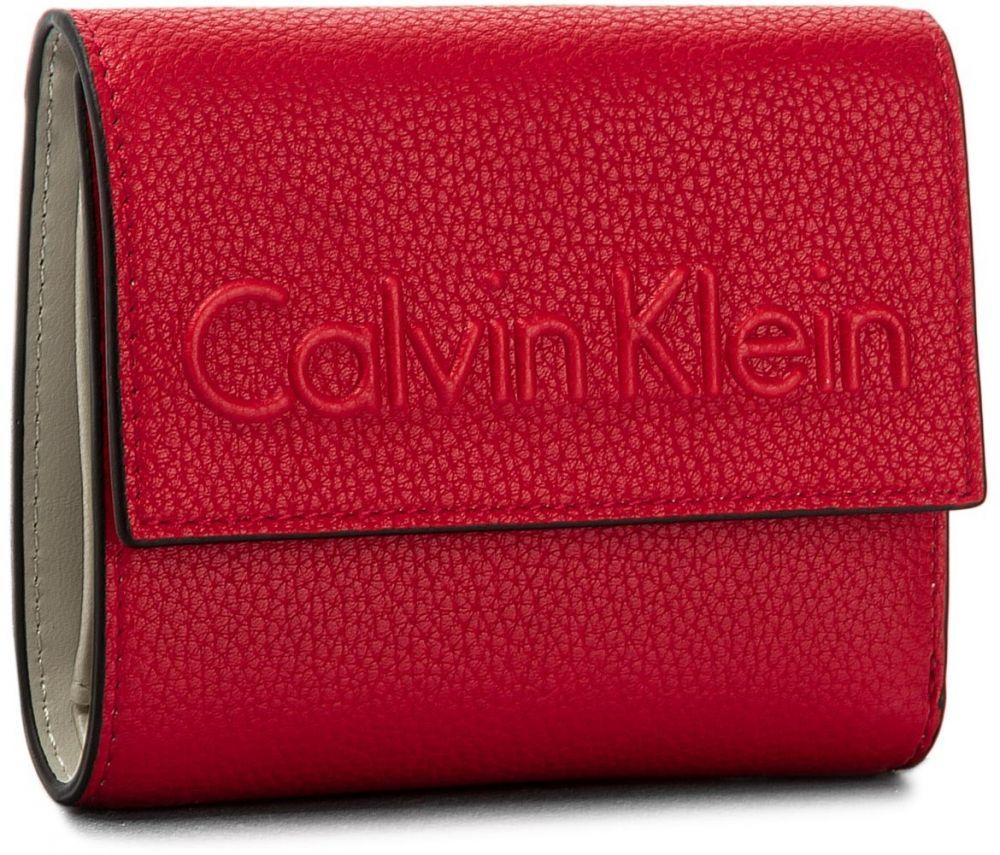 0ef45f3748cc Malá Dámska Peňaženka CALVIN KLEIN - Edge Medium Trifold K60K603909 618 značky  Calvin Klein - Lovely.sk
