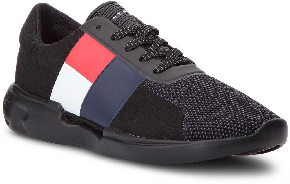 068544d17f Sneakersy TOMMY HILFIGER - Lightweight Hilfiger Mens Runner FM0FM01824  Black 990 značky Tommy Hilfiger - Lovely.sk