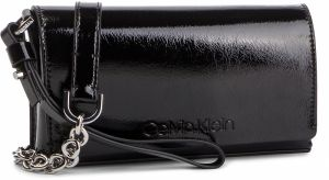 Kabelka CALVIN KLEIN - Dressed Up Pouch On Chain K60K605091 001