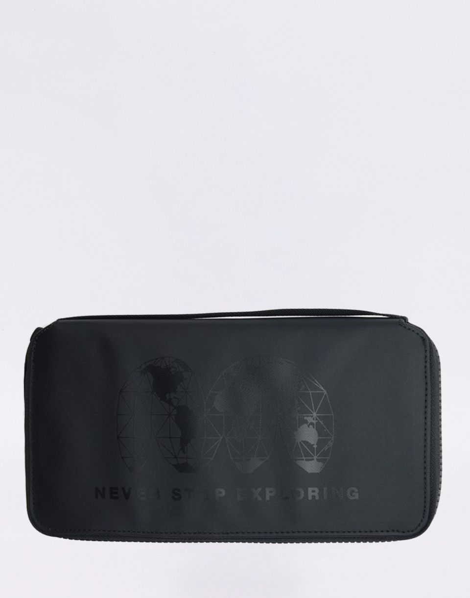 The North Face Stratoliner Passport Wallet TNF BLACK