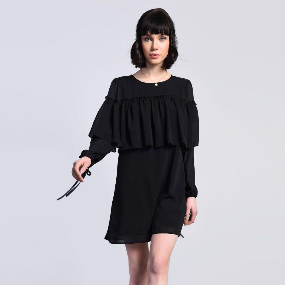 af1aaf989b2a Čierne šaty s volánmi značky Glamorous - Lovely.sk