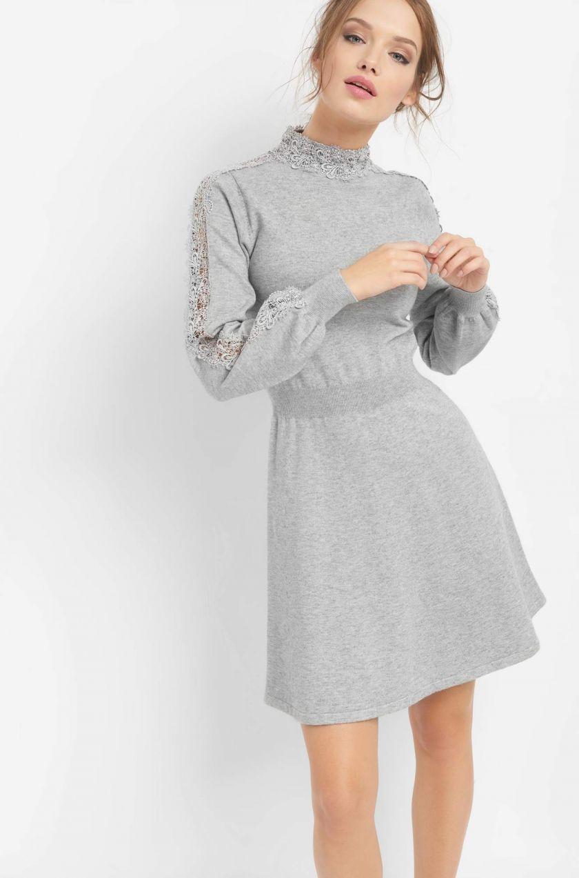 Šaty s čipkou na rukávoch značky ORSAY - Lovely.sk c030bb0d197