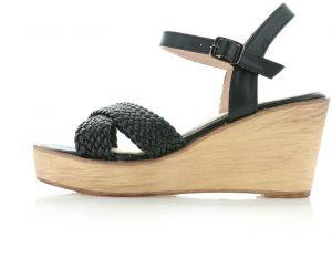 f2448459bcf1 Čierne platformové sandále Evadne značky IDEAL - Lovely.sk