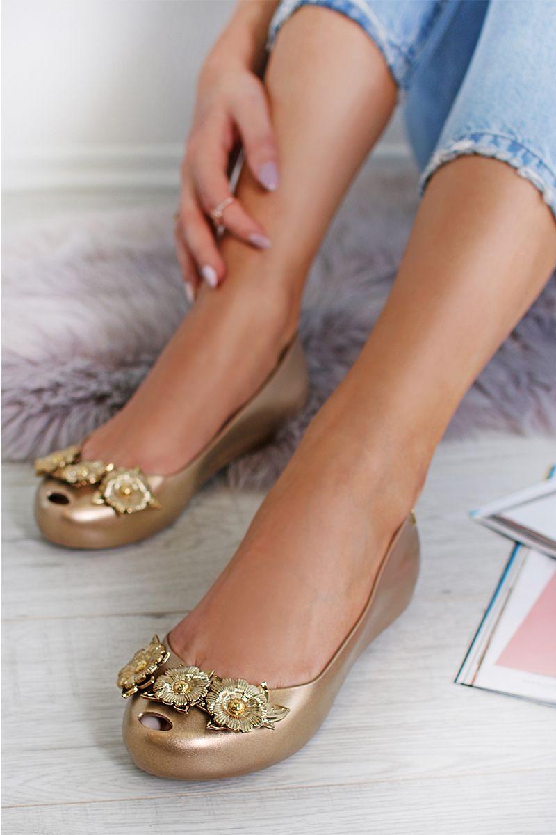 f4eb13f80e Zlaté balerínky Ultragirl Flower Chrome Me AD značky Melissa - Lovely.sk