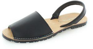 fda9b6577b21 Čierne kožené sandále s uzavretou špičkou Tamaris značky Tamaris ...