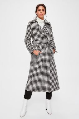 Trendyol Black Belted Casseity Patterned Cashmere Coat