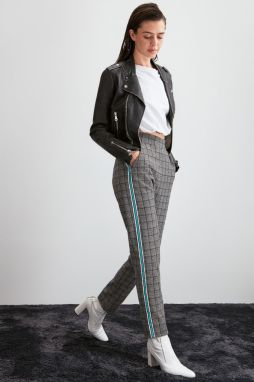 Trendyol Grey Checked Knitted Pants