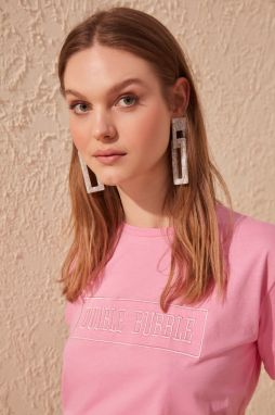 Trendyol Pink Embroidered Semi-Fitted Knitted T-Shirt