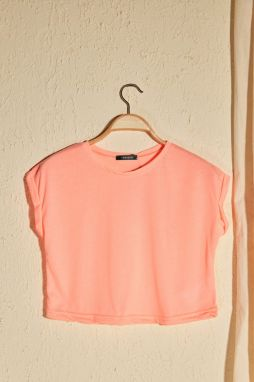 Trendyol Pink Bike Collar Crop Knitted T-Shirt