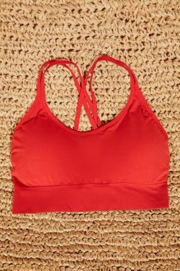 Trendyol Red Seamless Assisted Sports Bra