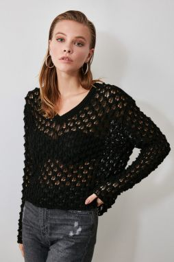 Trendyol Black BlindkEd Knit Sweater