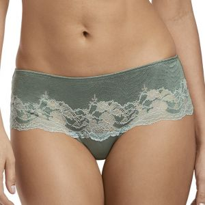 Tangá Lace Affair