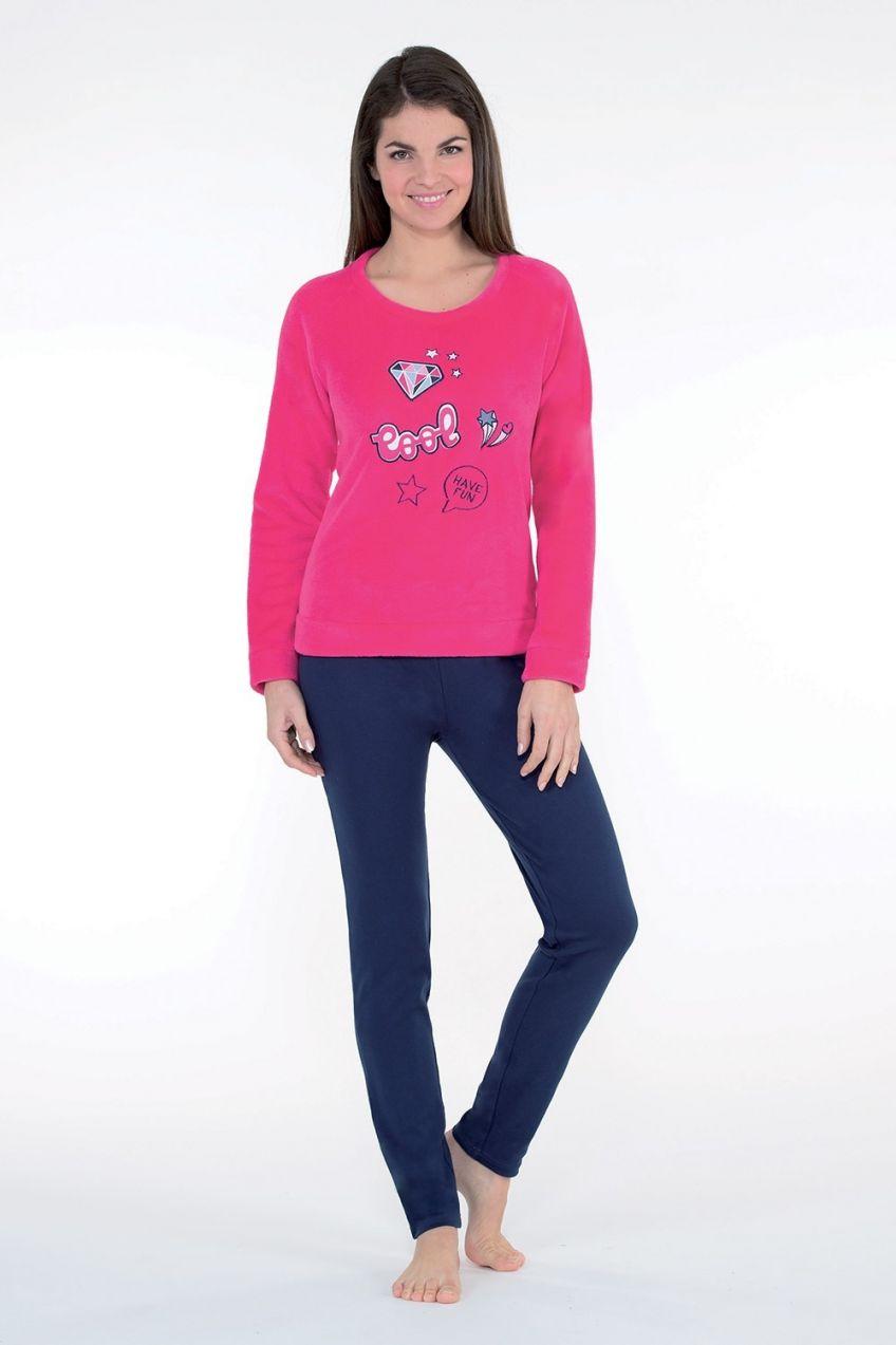 Dámske hrejivé pyžamo Badge ružové značky CTM Style - Lovely.sk 510e08b41c